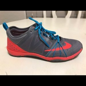 Nike Free Cross Compete size 5